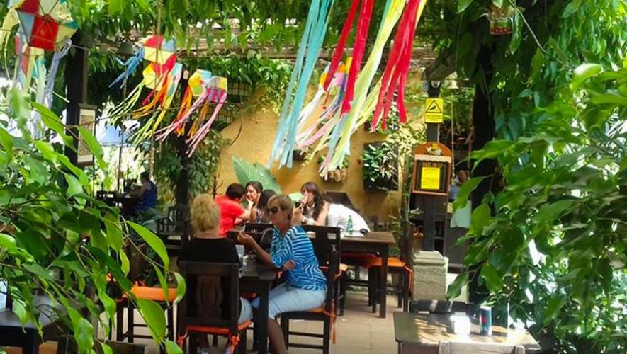 Restaurante la escalonia vivero y caf lleno de for Vivero de cafe pdf