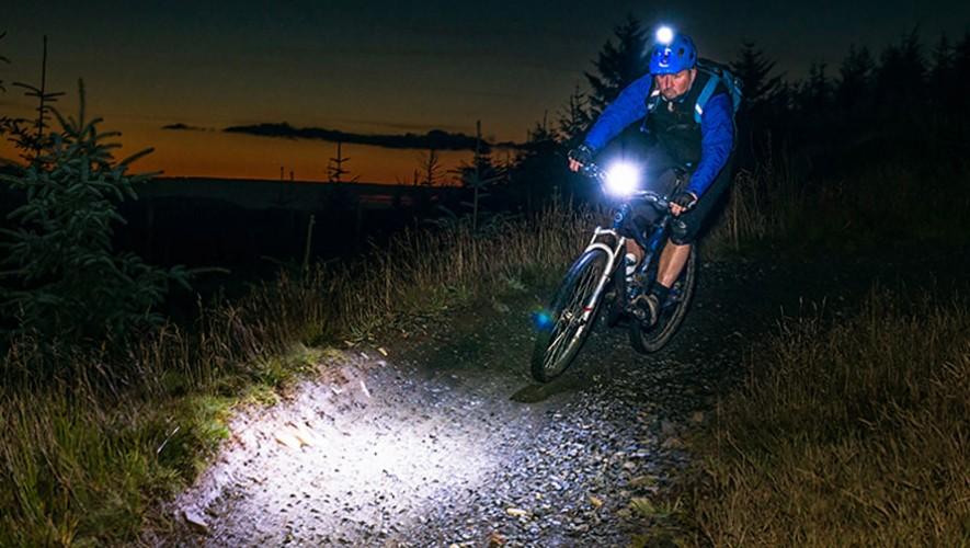 Colazo Nocturno de Cyclingbox y Malena Bike | Abril 2017