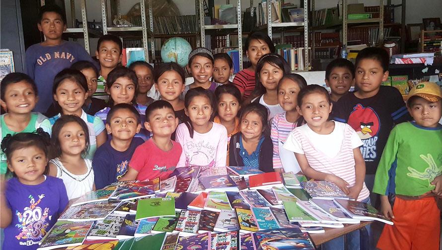 Niños guatemaltecos sueñan con asistir a la Feria de Lectura Infantil y Juvenil Mayo 2017