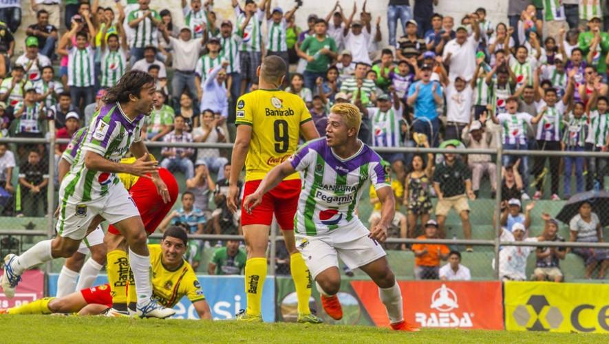 Partido de Antigua vs Marquense por el Torneo Clausura   Abril 2017