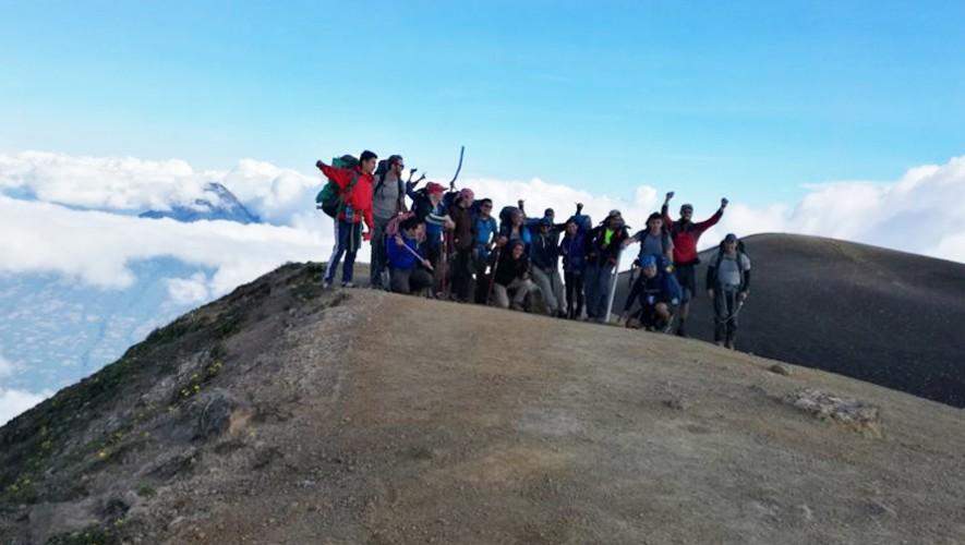 Ascenso nocturno al volcán Acatenango | Abril 2017