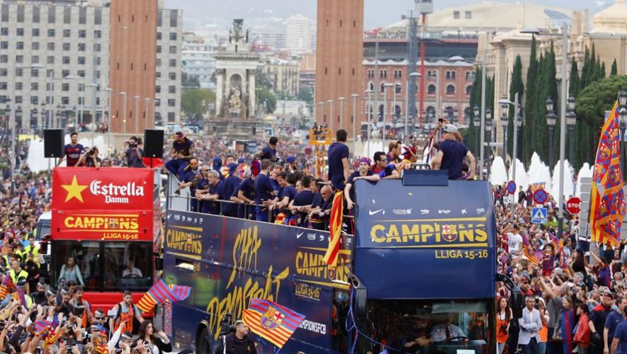 El título ganado en la temporada 2015-2016 en La Liga Española será el otro trofeo a exhibirse. (Foto: LaLiga)