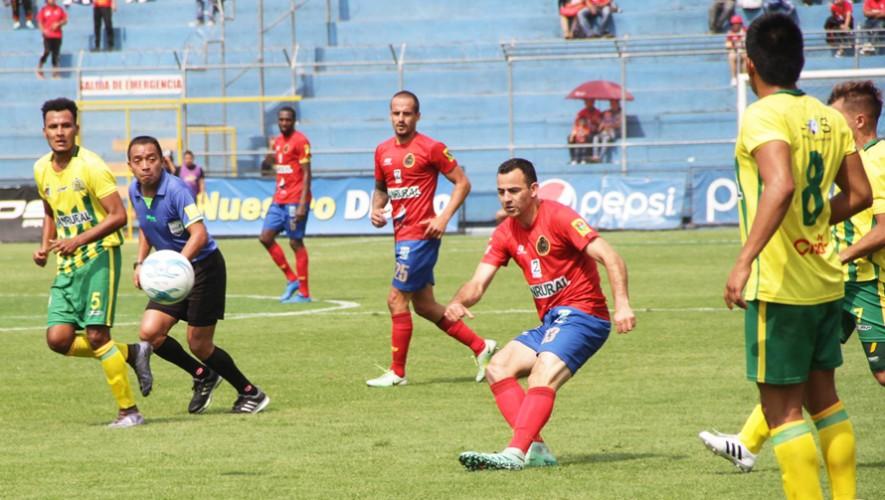 Partido de Guastatoya vs Municipal por el Torneo Clausura   Abril 2017
