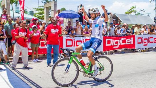 Padilla ganó por segunda vez consecutiva la competencia más importante de ciclismo en Belice. (Foto: Will Moreno Photography)