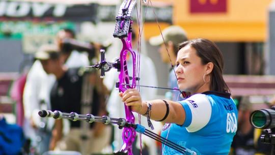 Katia Álvarez superó a dos mexicanas para ganar el primer lugar en arco compuesto femenino. (Foto: Versus MX)