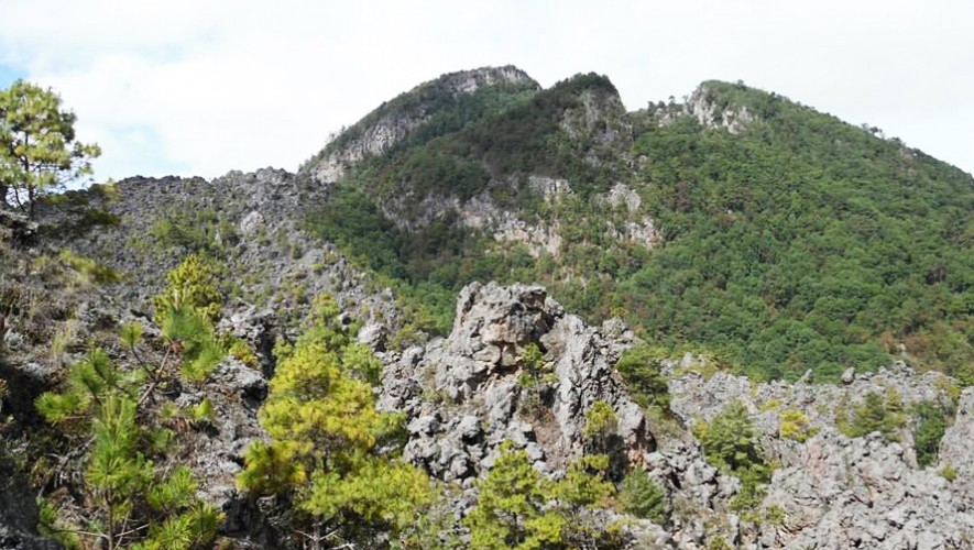 Triple en Xela: Ascenso a volcanes 7 Orejas, Chicabal y Cerro Quemado   Abril 2017