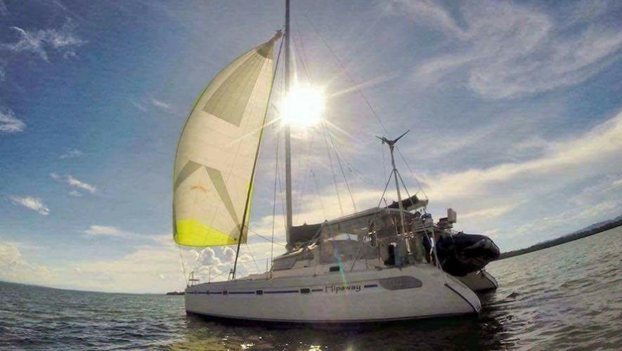 Viaje en barco por Río Dulce, Lago de Izabal, Punta de Palma y Livingston | Mayo 2017