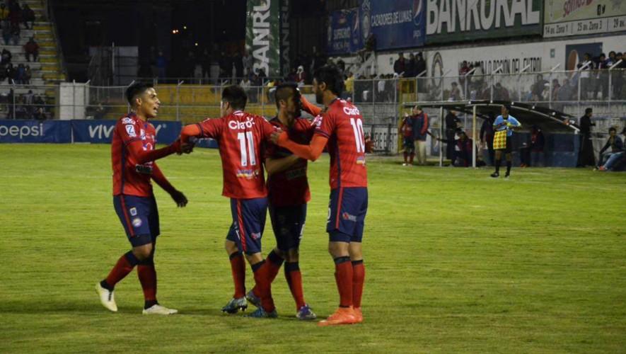 Partido de Xelajú vs Carchá por el Torneo Clausura   Abril 2017