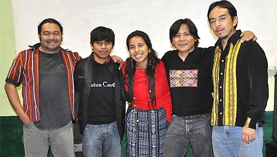 B'aktun Cero, grupo guatemalteco de rock canta en cuatro idiomas mayas
