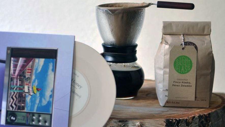 Noche de café y vinilos en Paradigma Café | Mayo 2017