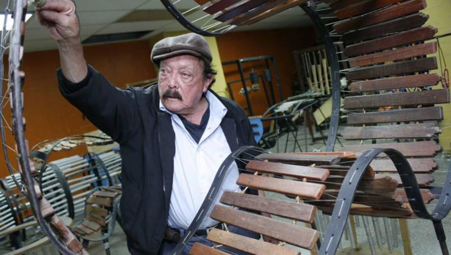 Joaquín Orellana, maestro guatemalteco,
