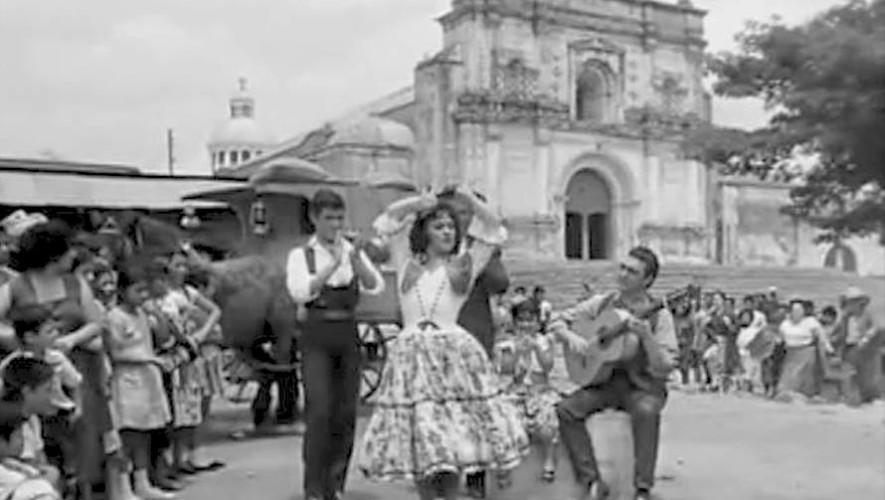 La película mexicana La Gitana y el Charro que fue filmada en Palín, Escuintla
