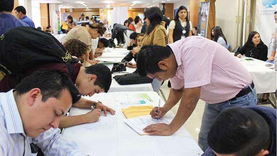 Ministerio de Trabajo y Previsión Social realiza convocatoria de empleos 2017