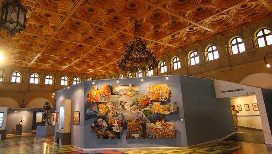 Museo De Artes Decorativas E Historia