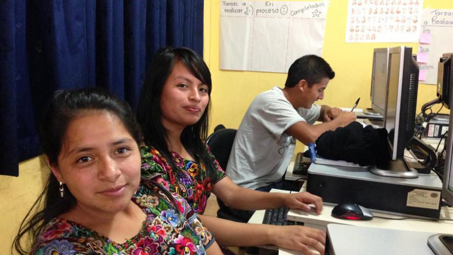 Programa Valentina ofrece capacitaciones para jóvenes guatemaltecos en tecnología