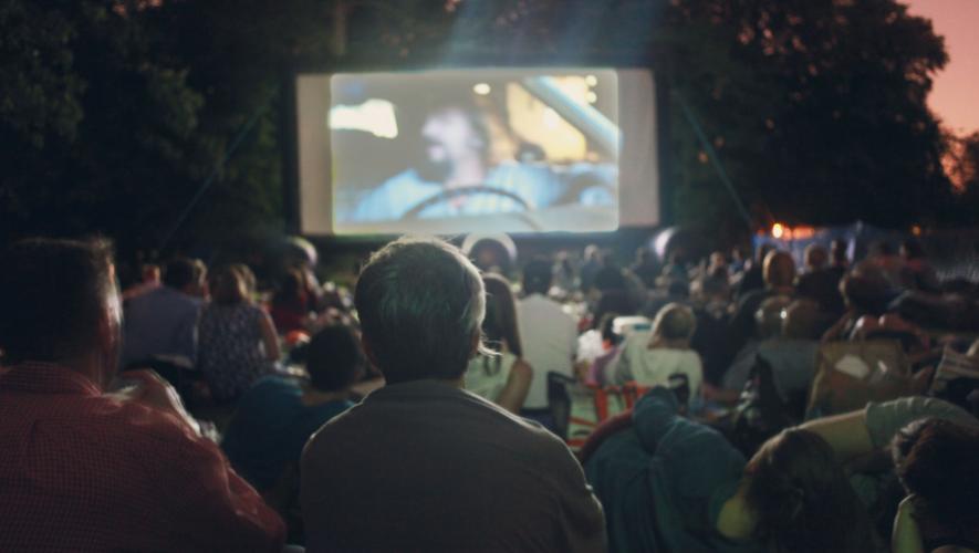 Proyección al aire libre de cortometrajes franceses en Parque Central | Mayo 2017
