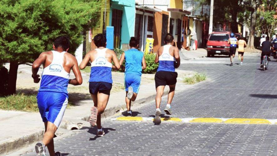 Carrera de Atletismo 10K en Chimaltenango | Mayo 2017