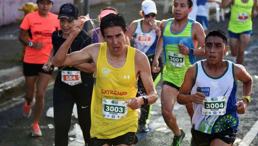 Raxón, Rivero y Trujillo se llevaron los primeros tres lugares de la Media Maratón en Costa Rica. (Foto: Facebook de Maratón de San José)