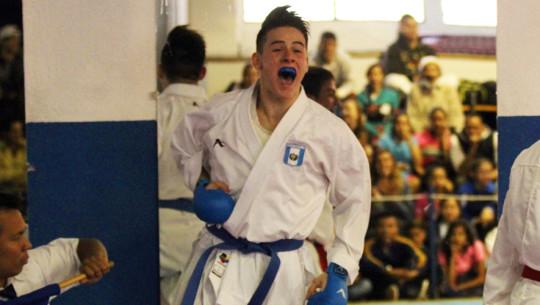 Los guatemaltecos consiguieron quedar entre los mejores 5 karatecas de América. (Foto: CDAG)