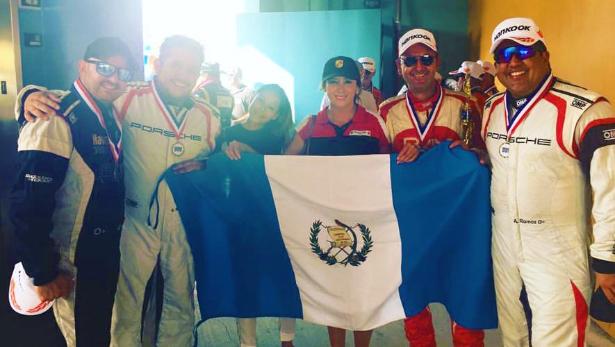 Los pilotos guatemaltecos también se ubicaron en la séptima posición de la general de más de 27 equipos. (Foto: Brenda Gramajo)
