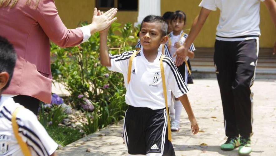 La Academia de la Juventus en Guatemala ayudará a 12 niños de escasos recursos. (Foto: Juventus Academy Guatemala)