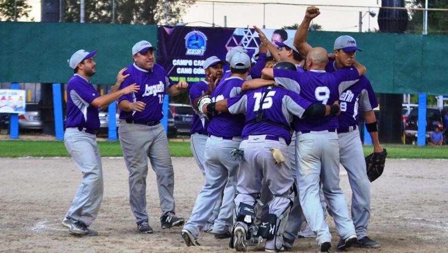 Lanquetín sigue haciendo historia en el Campeonato Nacional de Sóftbol en Guatemala. (Foto: Facebook de Sóftbol Guatemala)