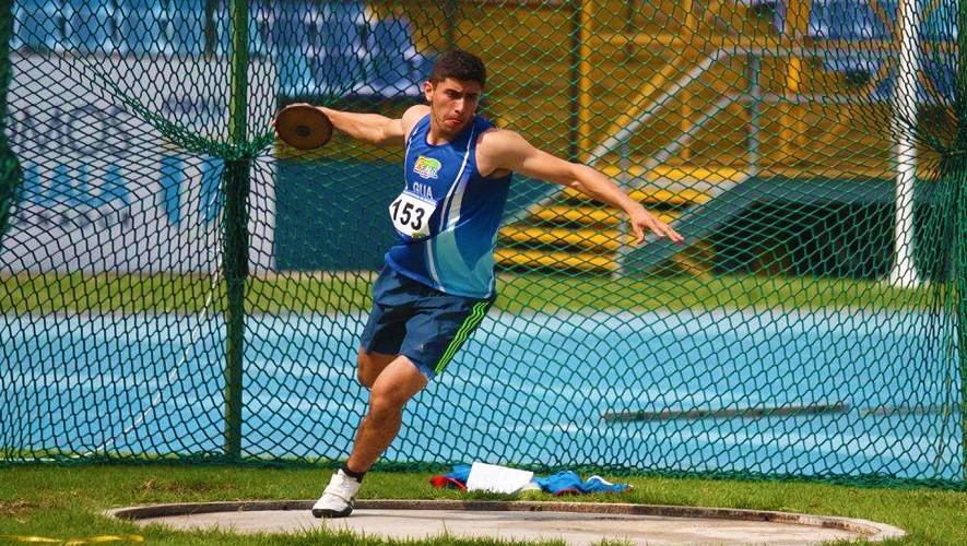 Mauricio Galindo superó su propio récord nacional en la categoría sub-18 y registró la mejor marca en Centroamérica hasta el momento. (Foto: FNA)