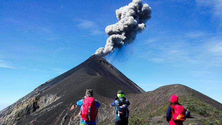 Ascenso nocturno al volcán de Fuego   Mayo 2017
