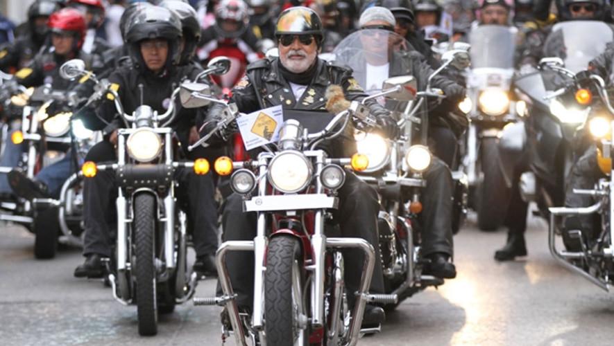 Desfile y exhibición de motos clásicas | Julio 2017