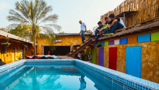 Hoteles con piscina en antigua guatemala for Hoteles baratos en sevilla con piscina