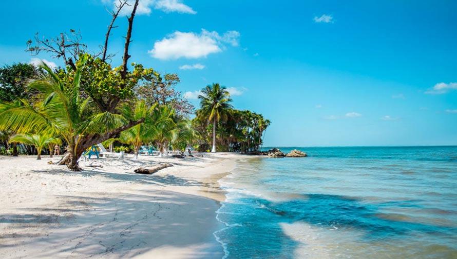 Playa de Guatemala entre las mejores del 2016 según Forbes
