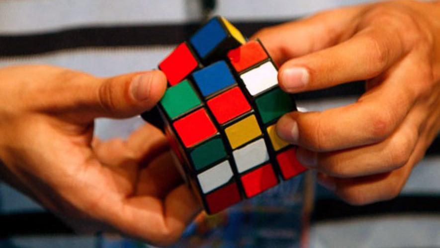 Taller para armar un cubo de Rubik | Junio 2017