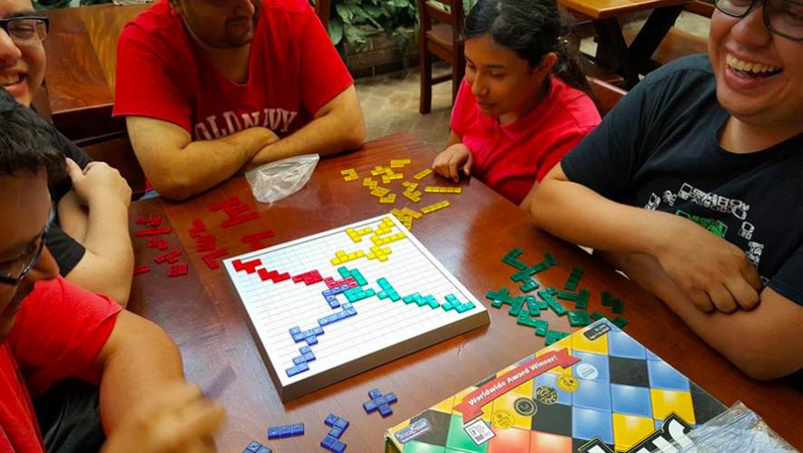 Juegos De Mesa De Tabletop Bares Alegres Con Juegos En Guatemala