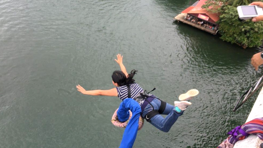 Salto de Bungee en Río Dulce, Izabal   Junio 2017
