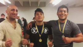El originario de Panajachel venció a sus rivales para colgarse el oro. (Foto: MMA Guatemala)