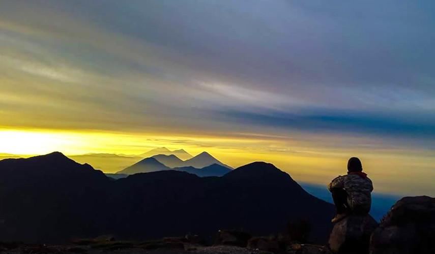 Ascenso nocturno a volcán Santa María para celajes de invierno   Junio 2017