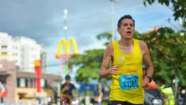 Rivero dominó por segunda vez la carrera de 10 kilómetros que recorre la ciudad de San José. (Foto: Grupo Publicitario Costa Rica)
