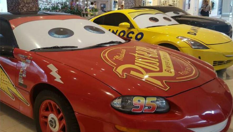"""Exposición de los carros de """"Cars"""" en La Pradera zona 10   Junio 2017"""