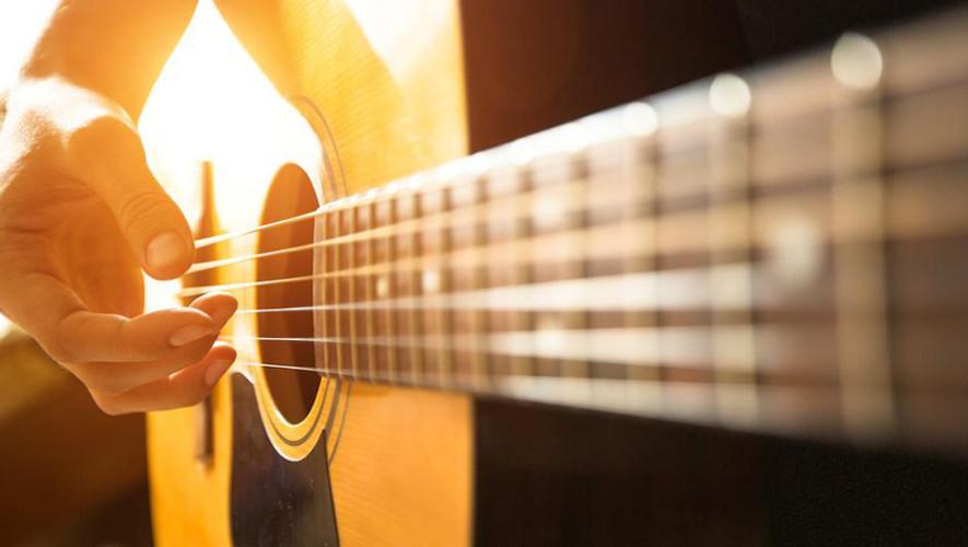 """Concierto """"Guitarra, Voz y Sentimiento"""" en el Centro Cultural Miguel Ángel Asturias   Junio 2017"""