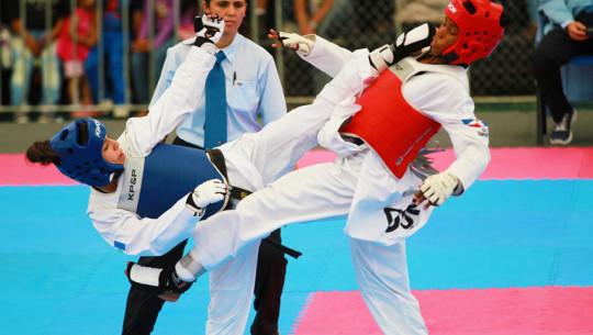 Tres guatemaltecos buscarán colocarse entre los mejores taekuondistas del mundo. (Foto: COGuatemalteco)