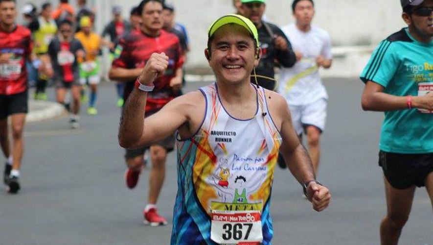 El atleta guatemalteco completó la hazaña de correr 8 maratones en 8 días. (Foto: Pasión por las Carreras)