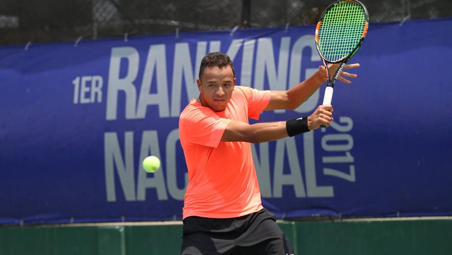 """El """"Pollo"""" está en busca de clasificarse a la final de dobles junto a su pareja de equipo de Estados Unidos. (Foto: Javier Herrera/Rackets & Golf)"""