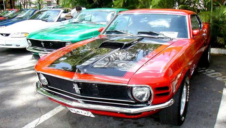 Exposición de carros deportivos de colección| Junio 2017