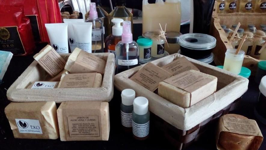Mercadillo de productos artesanales en Rambla 10 | Julio 2017
