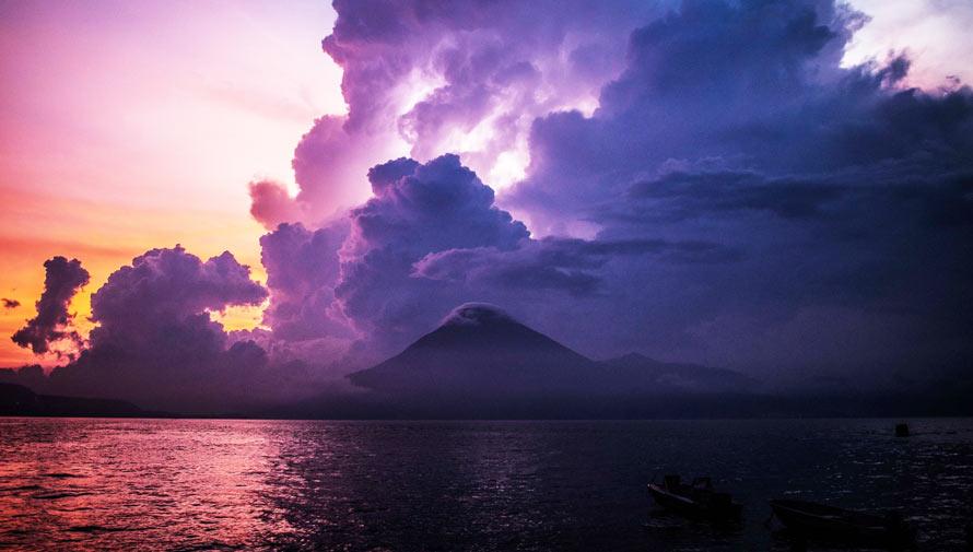 Foto del Lago de Atitlán es publicada en National Geographic en Español