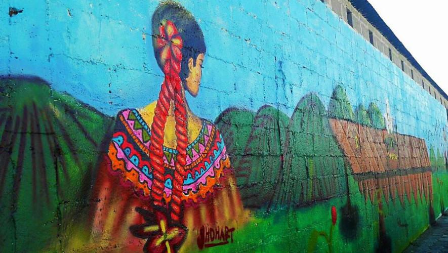 Guatemaltecos pintan murales artísticos en Cobán, Alta Verapaz 2017