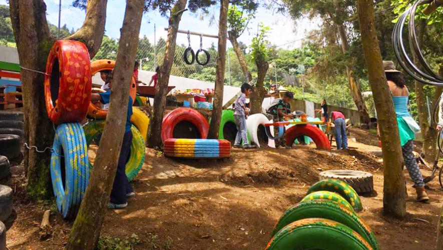 Parque De Llantas Recicladas En Sacatepequez Destaca En Playground Ideas