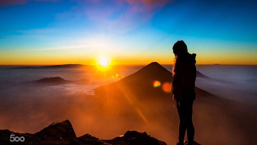 Ascenso nocturno al Volcán de Acatenango por Go2Guate | Julio 2017