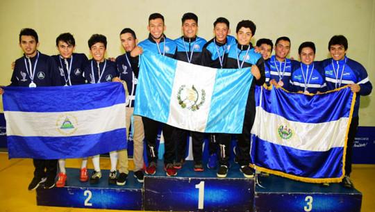 Guatemala se quedó con 4 oros durante el campeonato celebrado en Nicaragua. (Foto: Federación Nacional de Esgrima)