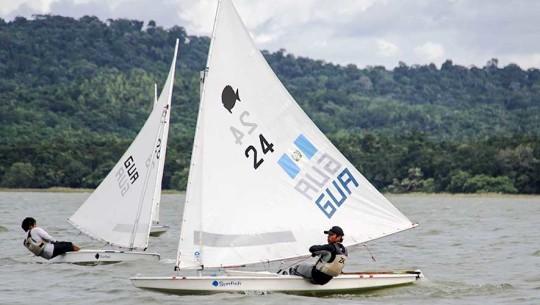 El Golfo de Río Dulce fue el escenario perfecto para que los veleros guatemaltecos ganaran un total de 20 medallas. (Foto: COGuatemalteco)